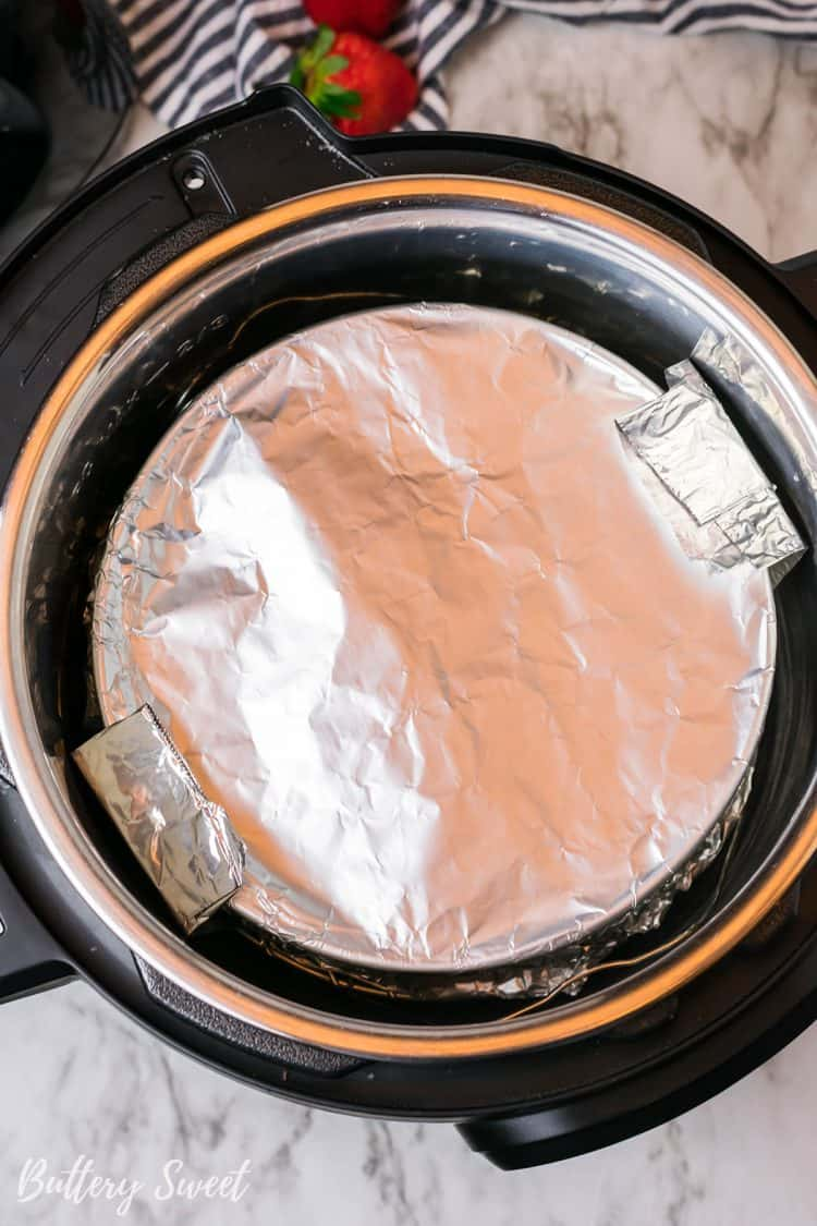 foil wrapped springform pan in Instant Pot